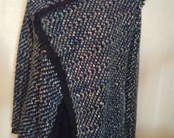 Black and green mottled color mesh vest
