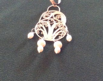 "Russian filigree sterling pendant, freshwater pearls ""little et"""