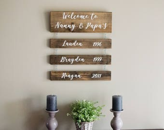 Grandparents Sign With Grandkids Names / Grandparents Sign With Years / Welcome To Grandma and Grandpa's / Personalized Grandparents Gift