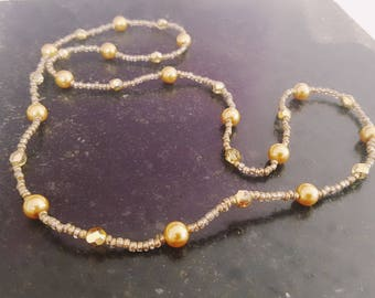 Bohemian 36 cm tall and glass pearl beads necklace