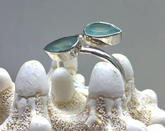 Sterling Silver Ring with Aqua Blue Chalcedony Gemstone / ajustible size / natural untreated gemstone