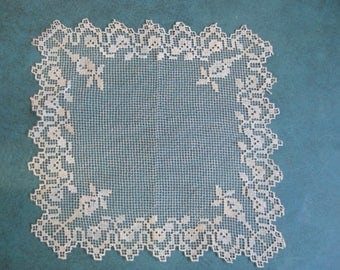 "Vintage Fillet Crochet Doilie Square 8"" Fine CottonThread Delicate 1930's Good Condition Antique White"