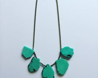 Turquiose Dyed Howlite Necklace