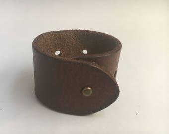 Basic Cuff - Brown