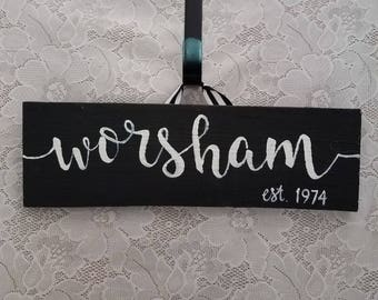 Family Name Sign, Home-Est.-Year Sign, Wooden Name Sign, Handpainted Sign, Farmhouse Sign, Personalized NameSign, HomeDecor,