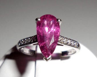 2.22 Cts Pink Rubellite Tourmaline & Diamond 14k White Gold Ring