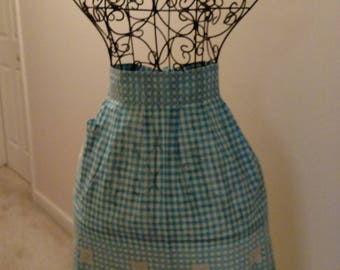 vintage pre-worn gingham turquoise and white with chochet party apron