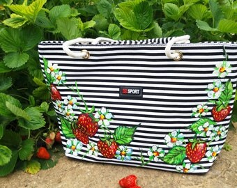 Strawberry Bag, Hadpainted Bags, Strawberry Bag, Summer Bag, Strawberry Handbag, Hand Painted Strawberry Bag, Hand Pinted Bags