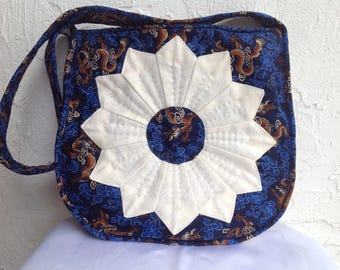 "Shoulder bag handbag ""Golden Dragon"", quilted, embroidered"