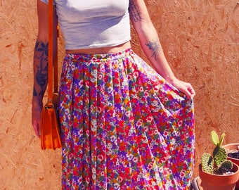 Skirt pleated flowers Vintage 1960's retro Pin Up