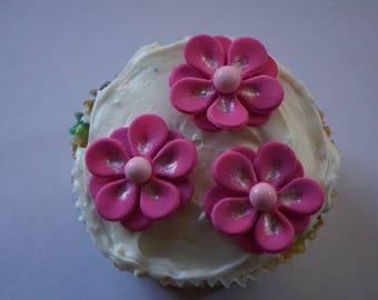 Fondant Flowers, Miniature Flowers, Flower Decorations, Flower Cake Decorations