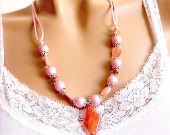 Diamond fancy pink necklace Jewelry Bead