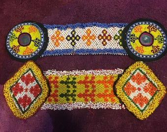 Pack 2 patches elongated Afghan kuchi.