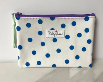 Mini Oilcloth pouch / Mini pouch / Zipper pouch / Gift idea for her / Blue polka dot