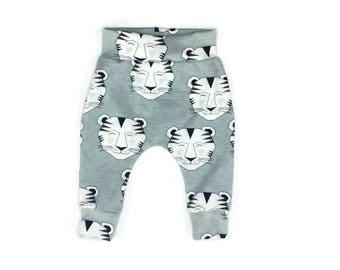 Newborn baby harem pants (organic cotton)
