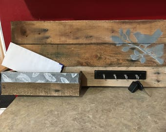 Entryway organizer, Mail holder and key rack