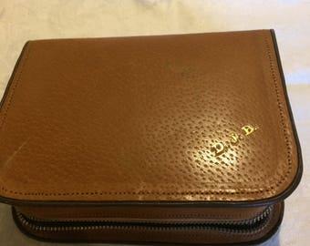 Vintage gentleman's travelling personal grooming bag