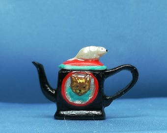 Teapot mouse and cat black