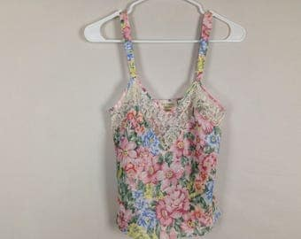 Vintage floral top size M