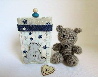 little brown bear in crochet in its gift box