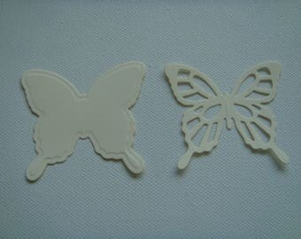 Cut set of 2 butterflies 5.7 cm tall beige drawing paper