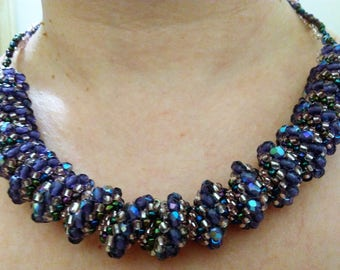 Necklace beaded spiral cellinni