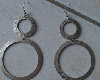 Earrings double circle