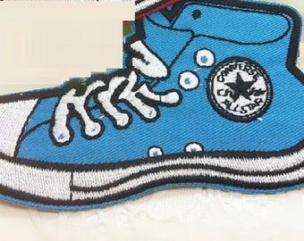 FUSIBLE APPLIQUE: converse cartoon blue 115 * 65mm