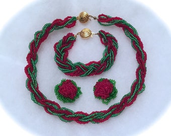 Set necklace bracelet earrings red and green supports Golden