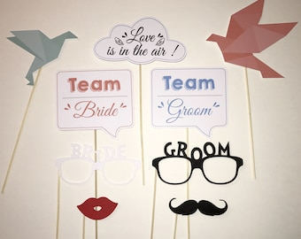 "Lot 9 photobooth wedding accessories ""love is in the air"""
