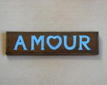 """Panneau décoratif """"AMOUR"""" en bois massif découpé et peint en bleu"""
