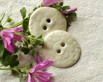 Creamy white set of 2 beautiful buttons