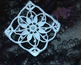 Old square, inlay, Venetian lace