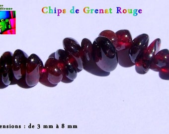15 g of natural Garnet Chips from 4 mm to 10 mm AA quality / approximately 75 chips