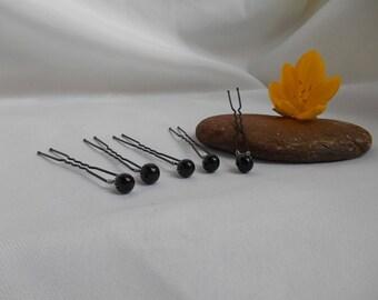 Black set of 5 colored beads picks