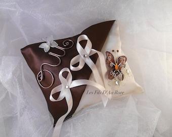Chocolate & ivory satin ring cushion