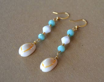 Shell and gold plated earrings