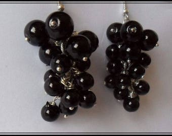 Grape earrings with black pearls round and smooth from 3 different sizes
