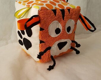 Baby play cube pattern Tiger