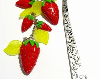fruity bookmark with strawberries in polymer clay (fimo, premo, cernit)