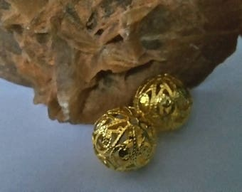 Set of two large metal beads