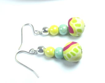 Yellow and turquoise beads earrings.