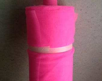 soft tulle pink neon width 120 cm