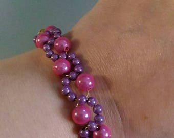 Little girl bracelet pearls magic