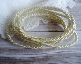 Cord (pale gold) fancy for your designs... jewelry... 1 m