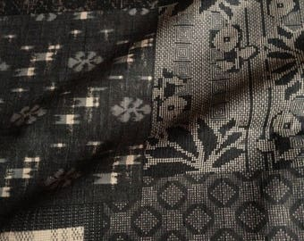 Japanese fabric, traditional, black and beige, cotton 115 x 50 (110)