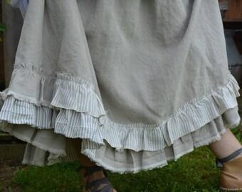 natural linen underskirt model Lila