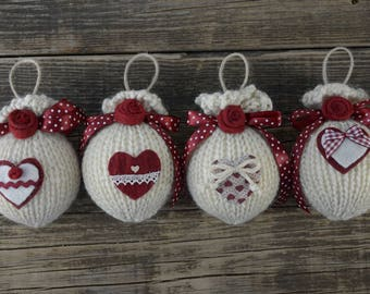 "Christmas balls Country Style ""Red Roses"""