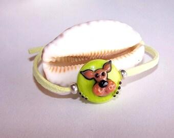 Adjustable lime and pearl bracelet glass