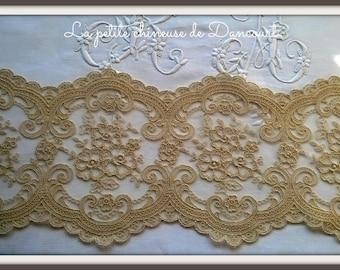 Lace linen Victoria